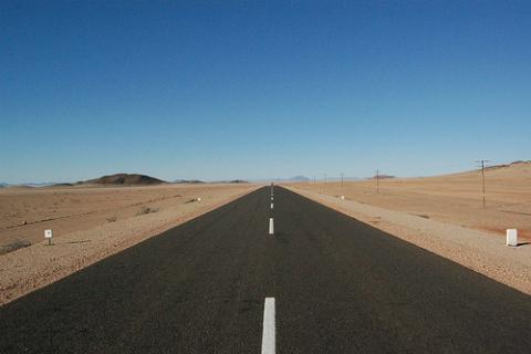carretera-namibia.jpg