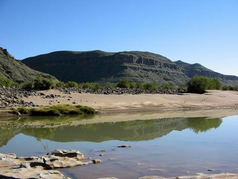 namibia-agua.jpg